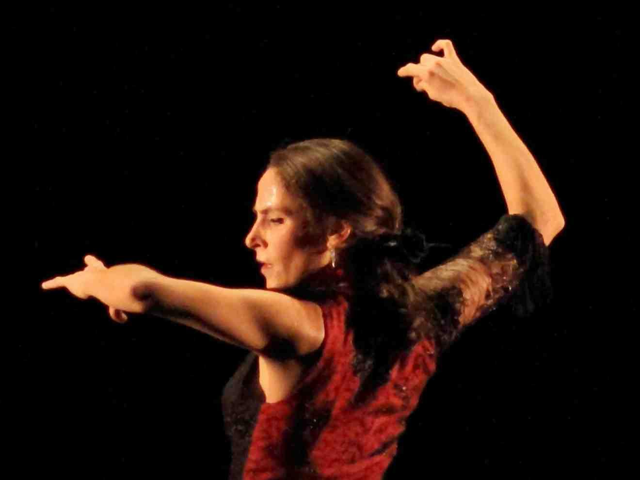 Tablaos flamenco à lyon danseuse flamenco cours de danse